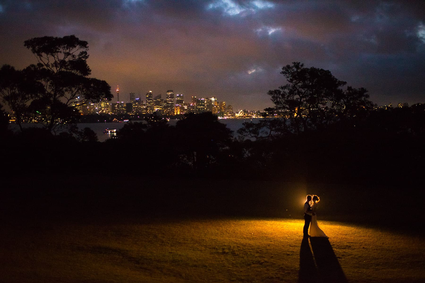 off camera flash wedding photography | bride and groom at Athol Hall in front of Sydney harbour