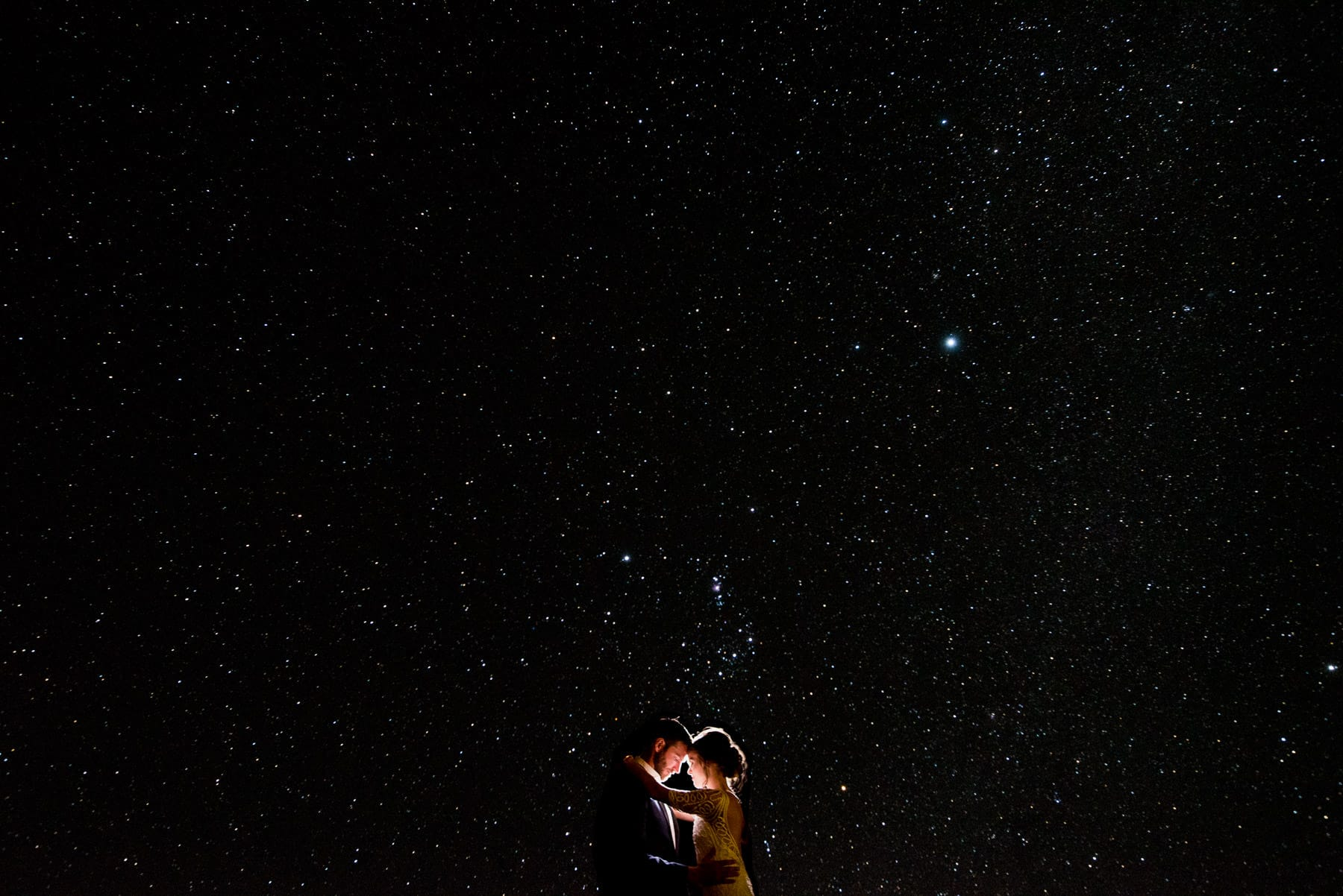 amazing starry sky in Queenstown by wedding photographer Mark Condon of Gold Hat Photography